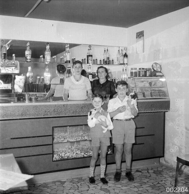 Famiglia al Bar al Duomo