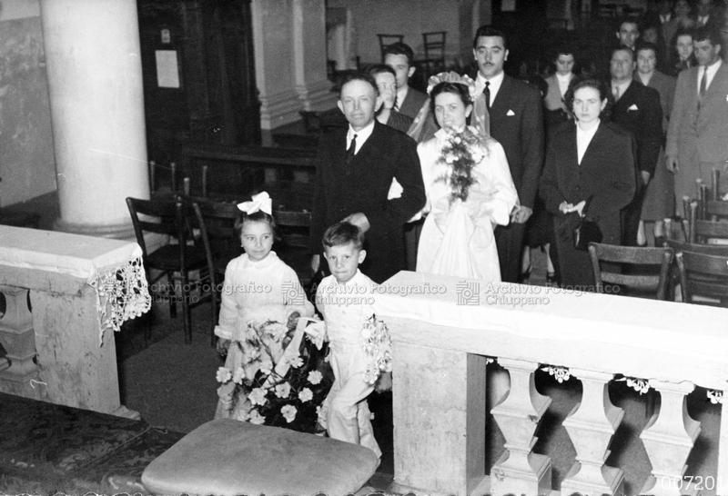 Processione verso l'altare