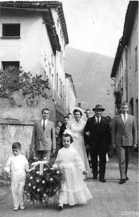 Processione verso la Chiesa